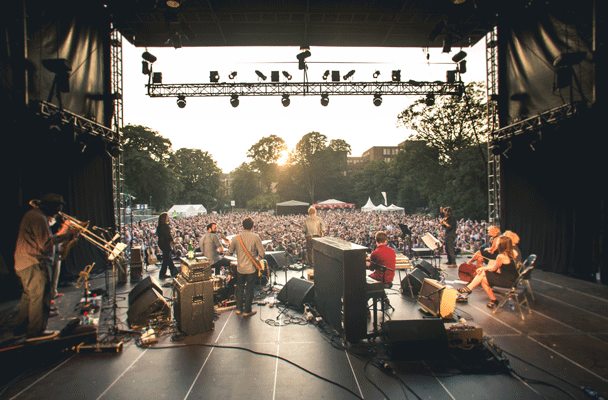 Iveagh Gardens, back of the stage, July 2013
